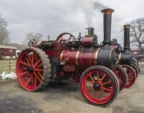 蒸汽引擎抽烟 免版税库存图片