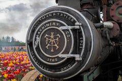 蒸汽引擎的一个前面部分的接近的看法有刻记的对此 免版税库存图片