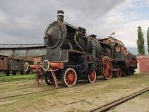 蒸汽机车在横断面 免版税库存图片