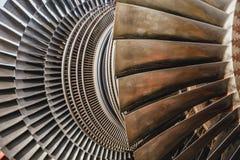 蒸汽机金属在发电站的刀片用途 库存图片