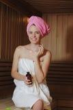 蒸汽浴的女孩 免版税图库摄影