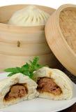 蒸的中国饺子 库存图片