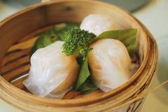 蒸的大虾饺子, dimsum har高 图库摄影