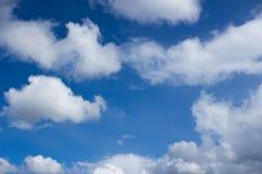 蓝天和云彩天空 库存照片