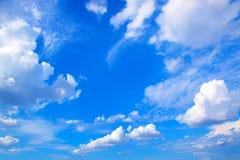 蓝天和云彩背景171019 0220 免版税库存图片
