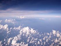 蓝天和云彩鸟瞰图 免版税库存图片