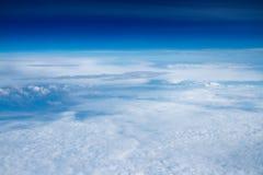 蓝天和云彩 库存图片