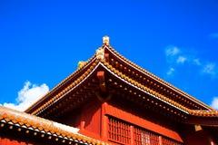 蓝天和首里城堡,冲绳岛 免版税图库摄影