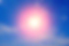 蓝天颜色抽象艺术性的被弄脏的背景与阳光的 免版税库存照片