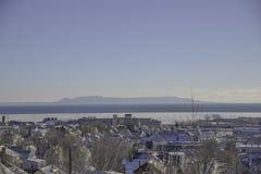 蓝天从桑德贝安大略的风景视图 图库摄影
