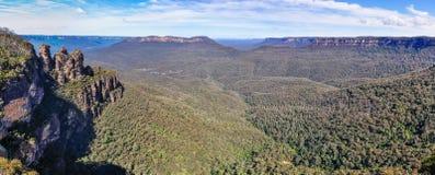 蓝山山脉全景在悉尼,澳大利亚附近的 免版税库存照片