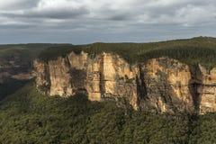 蓝山山脉国家公园NSW,澳大利亚的看法 免版税库存图片