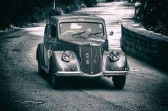 蓝旗亚APRILIA 1500 1949年在集会Mille Miglia的一辆老赛车2017年 免版税库存照片