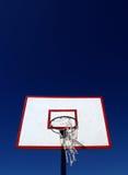 蓝球板篮球 库存图片