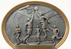 蓝球运动员雕塑 库存照片