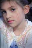 蓝眼睛的女孩 免版税库存图片