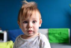 蓝眼睛的婴孩 库存照片