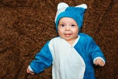蓝眼睛的婴孩 图库摄影