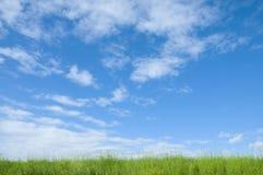蓝绿色横向天空 库存照片