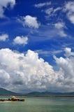 蓝色云彩天空白色 库存照片