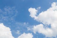 蓝色云彩天空白色 库存图片
