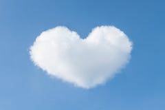 蓝色云彩日重点例证呈S形的天空华伦泰 免版税库存照片
