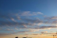 蓝色云彩 库存图片