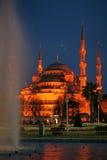 蓝色伊斯坦布尔清真寺晚上sultanahmet视图 库存照片