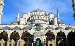 蓝色伊斯坦布尔清真寺 免版税库存照片