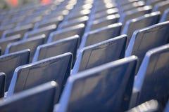 蓝色位子在西班牙体育场内 免版税图库摄影