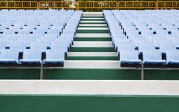 蓝色体育场位子 库存照片
