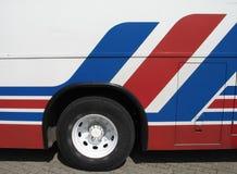 蓝色公共汽车红色白色 免版税库存照片