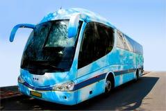 蓝色公共汽车 免版税库存图片