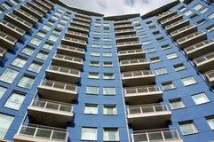 蓝色公寓,贝辛斯托克 免版税库存照片