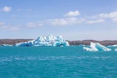 蓝色冰川冰冰岛j kuls盐水湖n rl 免版税库存照片