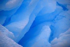 蓝色冰晶纹理 免版税库存图片