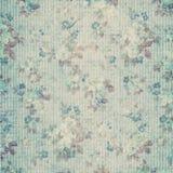蓝色别致的花卉纸剪贴薄破旧的葡萄酒 免版税库存图片