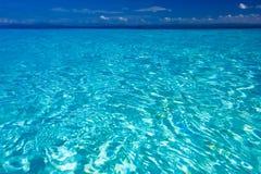 蓝色加勒比海景 免版税库存照片