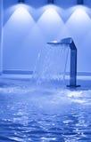 蓝色口气游泳池 库存图片