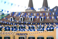 蓝色和白色巴法力亚旗布 免版税库存照片
