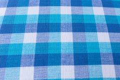 蓝色和白色桌布织品纹理 免版税库存图片