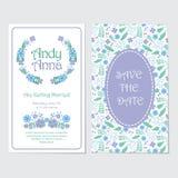 蓝色和紫色花缠绕婚礼邀请卡片 图库摄影