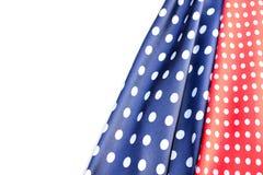 蓝色和红色圆点丝绸 免版税库存图片
