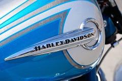 蓝色哈利戴维森汽油桶 免版税库存照片