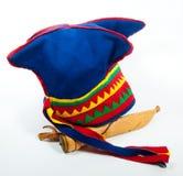 蓝色四与一把刀子的风帽子从Lappland 图库摄影