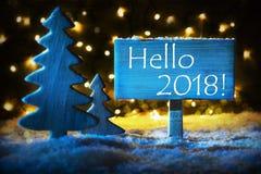 蓝色圣诞树,文本你好2018年 图库摄影