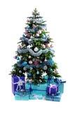 蓝色圣诞节礼物在树下 免版税图库摄影