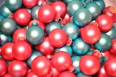 蓝色圣诞节装饰粉红色 免版税库存照片