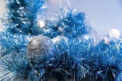 蓝色圣诞节装饰 库存图片
