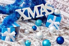 蓝色圣诞节装饰 库存照片